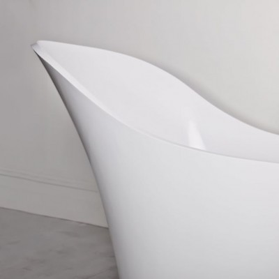 Bathtub Montecarlo in Solid Surface