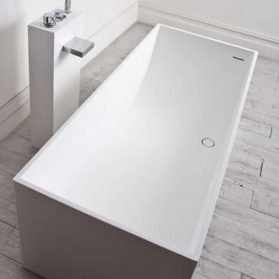 Bathtub La Turbie in Solid Surface