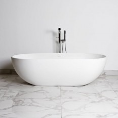 Bathtub Nantes in Solid Surface