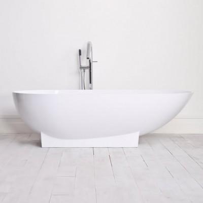 Bathtub Paris in Solid Surface